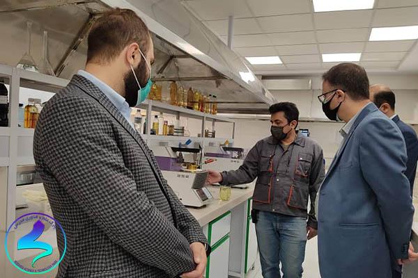 بازدید رئیس پارک از شرکت آریا ماد شیمی
