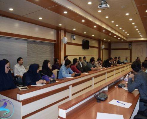 برگزاری نشست گفتگوی مدیران پارک با واحدهای فناور