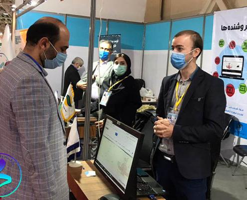 بازدید وزیر ارتباطات از غرفه پارک در نمایشگاه تلکام