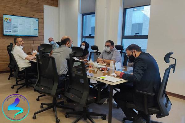 برگزاری جلسات شورای مدیران پارک در خرداد